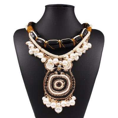 Collier gros médaillon perles boho boheme chic NECKLACE0578