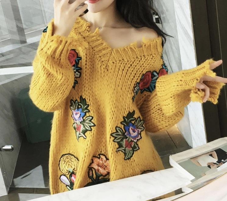 Autumn winter new vintage women fashion loose v neck embroidery high street style pullovers female casual