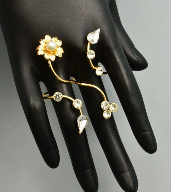 New fashion accessories jewelry punk pearl flower crystal double finger ring for women girl nice gift